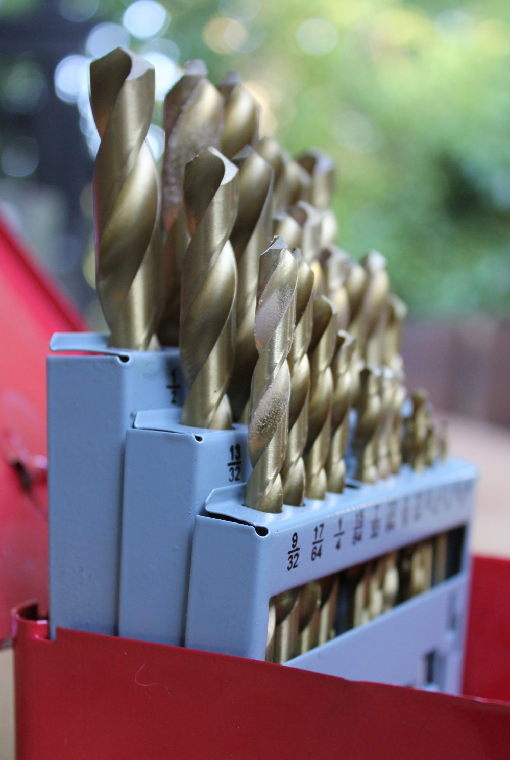 drills-toolbox-tools-20791.jpg